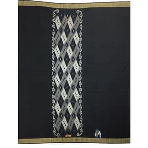 black color lungi with flower design in middle of lungi
